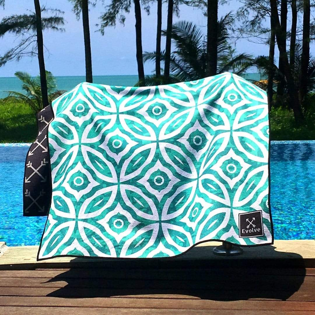 Add a sand-free towel to your packing list for Sri Lanka