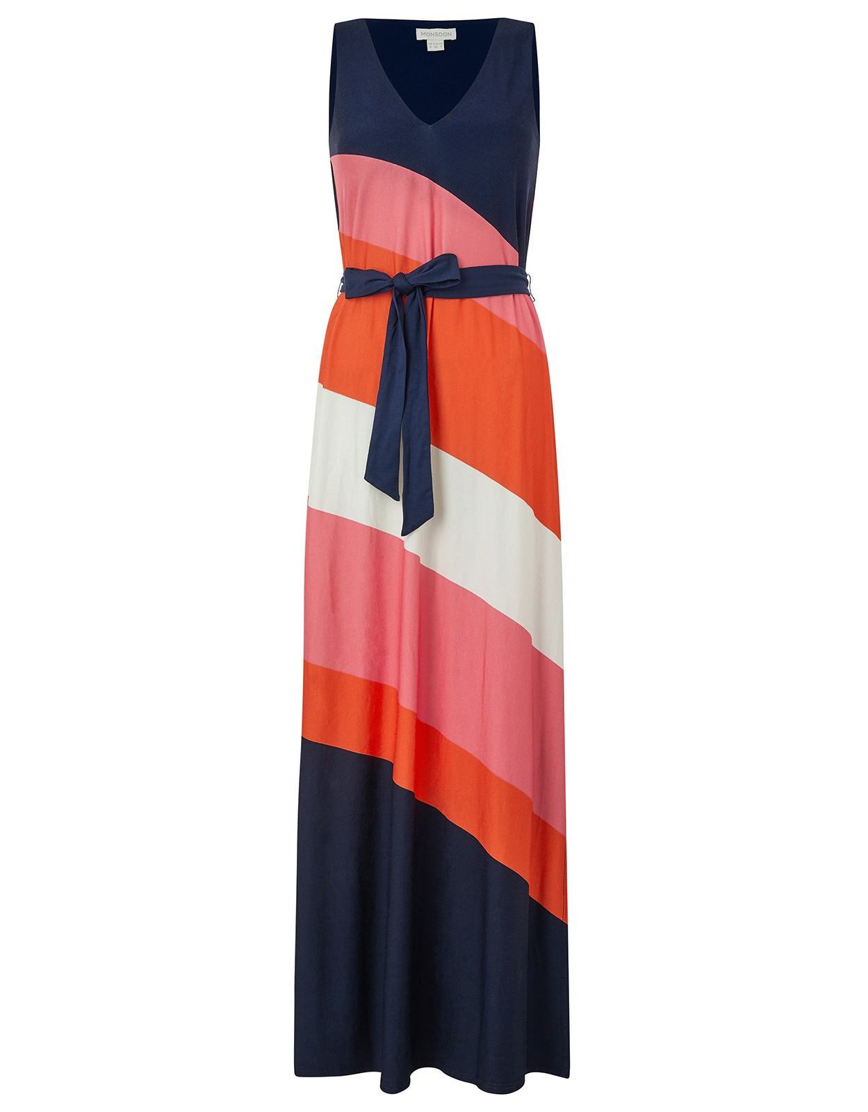 If you are looking at what to wear in Sri Lanka - lightweight Maxi dresses are a great choice