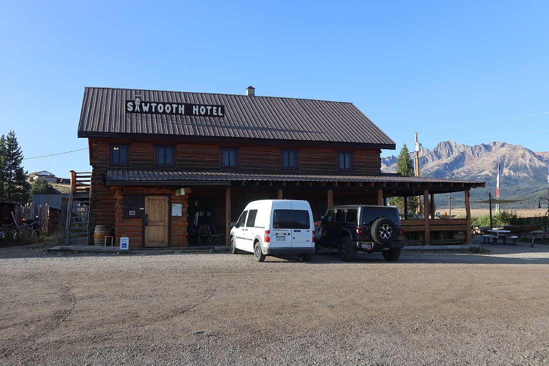 Sawtooth Hotel in Stanley