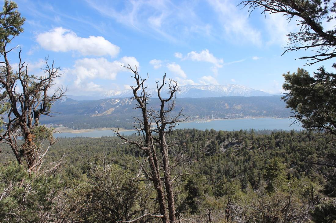 Big Bear Lake in summer mountain views
