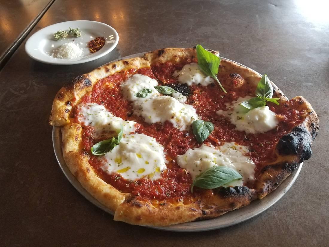 Gjelina pizza in Venice