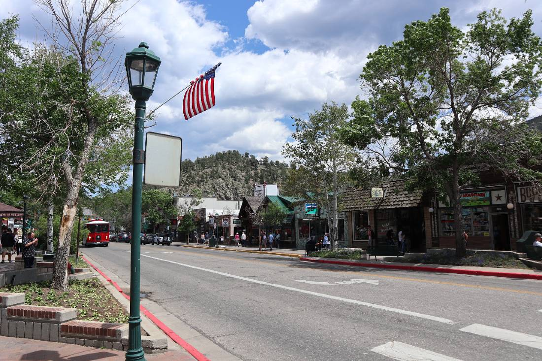 Downtown Estes Park, one of the best mountain towns in Colorado
