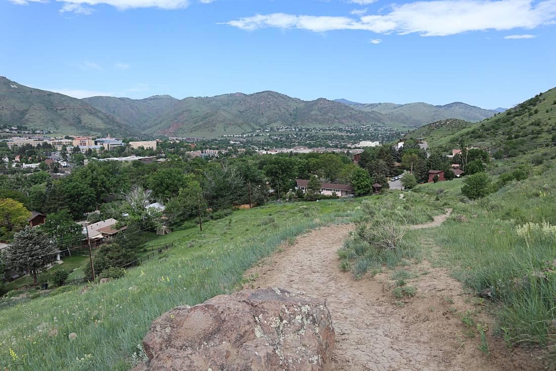 Olivine trail in Golden, Colorado