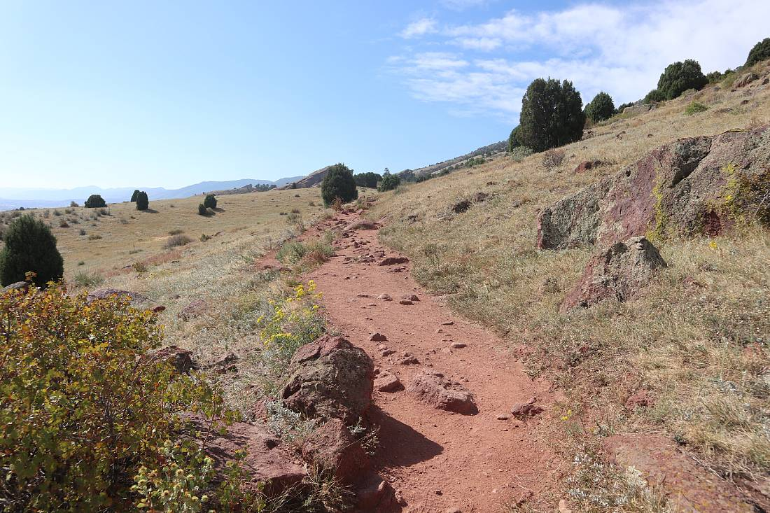 Hiking the Red Rocks trail in Golden